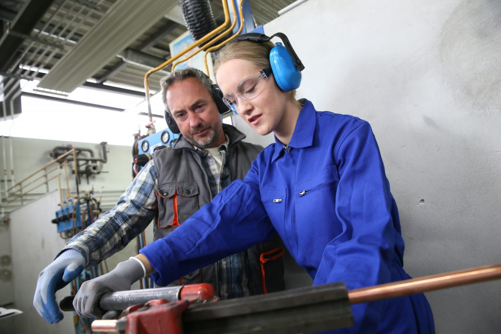 plumbing-courses-and-apprenticeships